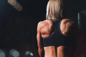 solliciter les muscles du dos
